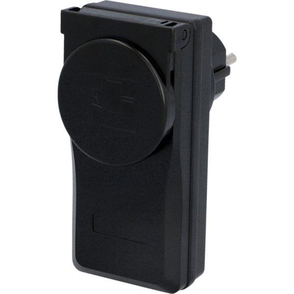 Unitec Kauko-ohjattava pistorasia 3-osaa ulkokäyttöön   Masco Oy